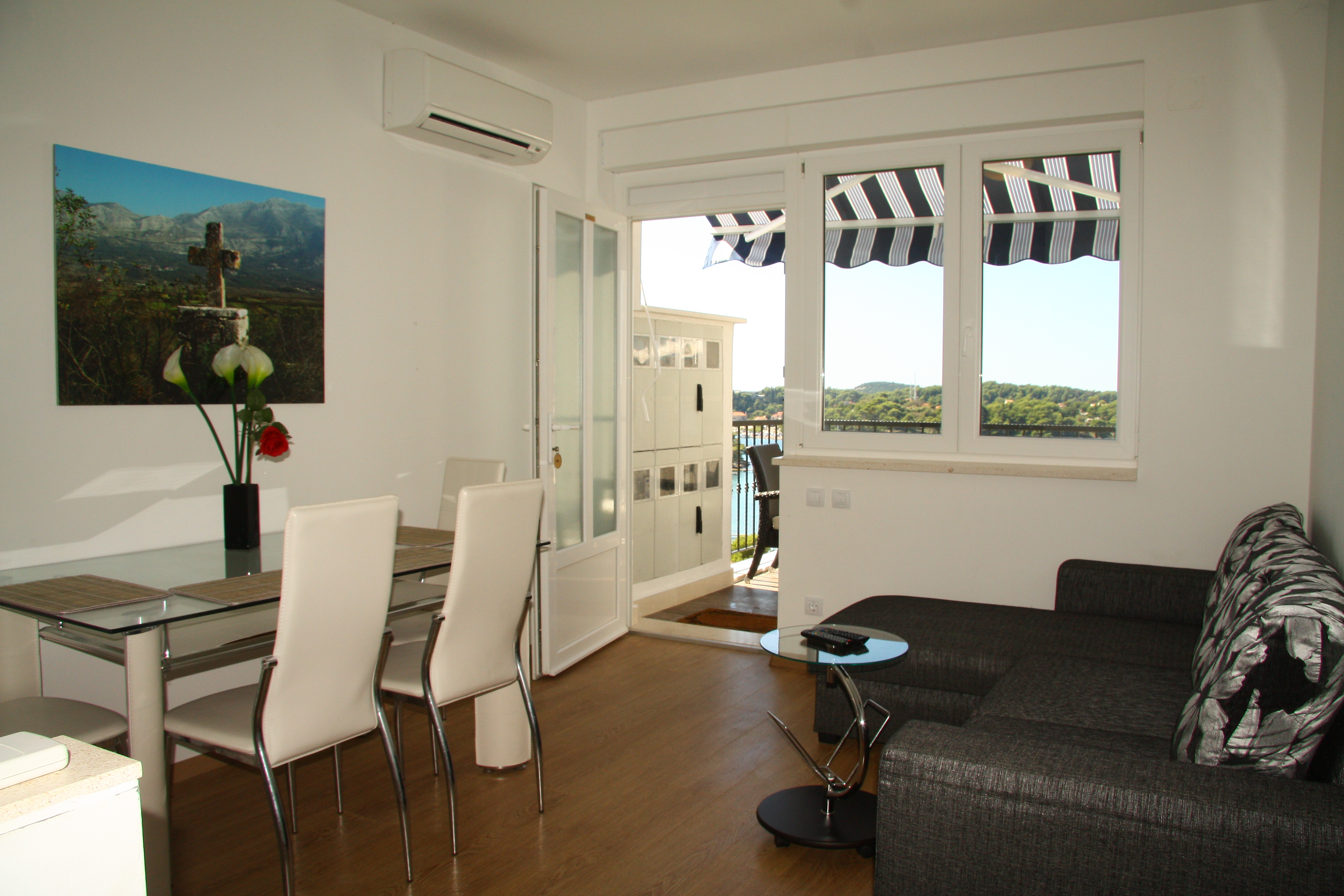 Deluxe Duplex - balcony and terrace with sea view